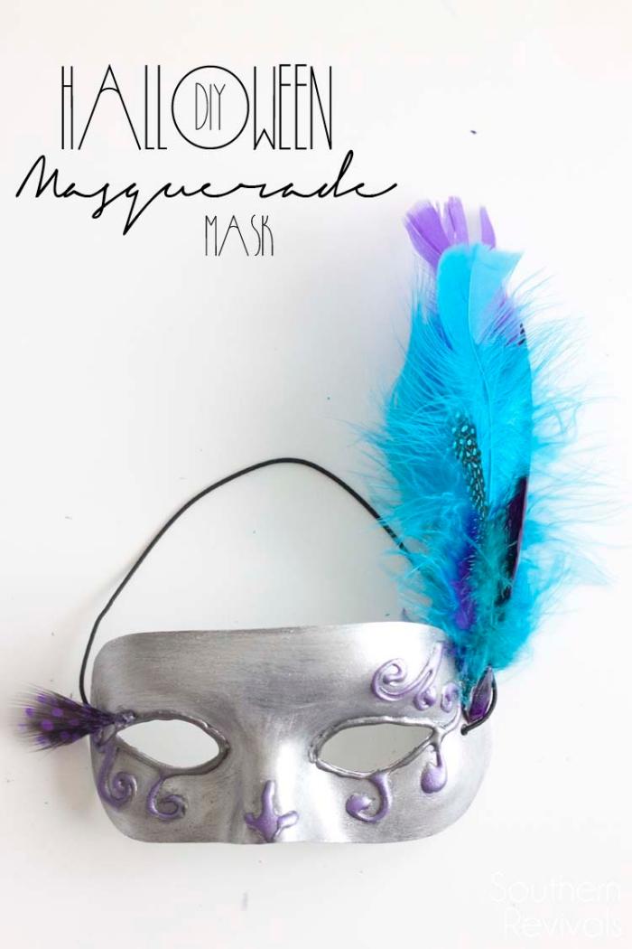 projet diy facile pour fabriquer son déguisement de carnaval, masque de fête argenté avec décoration en plumes