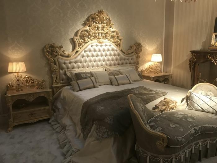 meuble baroque pas cher, tete de lit crème et or, tapis gris, finitions des meubles dorées