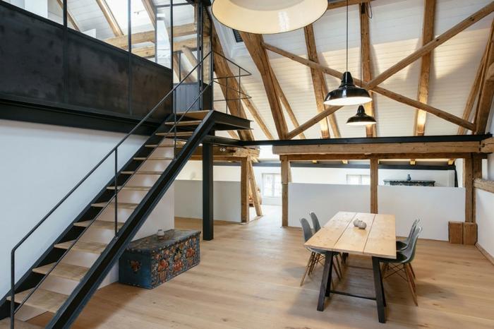 mezzanine chambre, table à manger industrielle, lampes loft, poutres apparentes