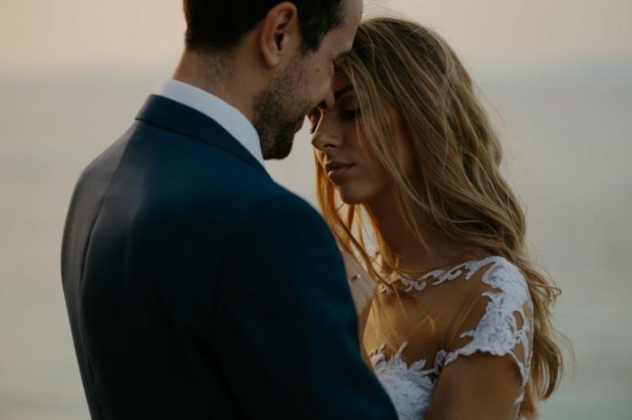 Mariage coiffure mariage tresse et boucle coiffure mariage bouclé