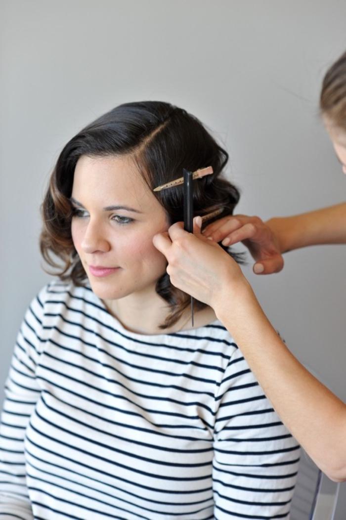 inspiration pour une coiffure annee 50 à jolies boucles réalisées facilement au fer à boucler