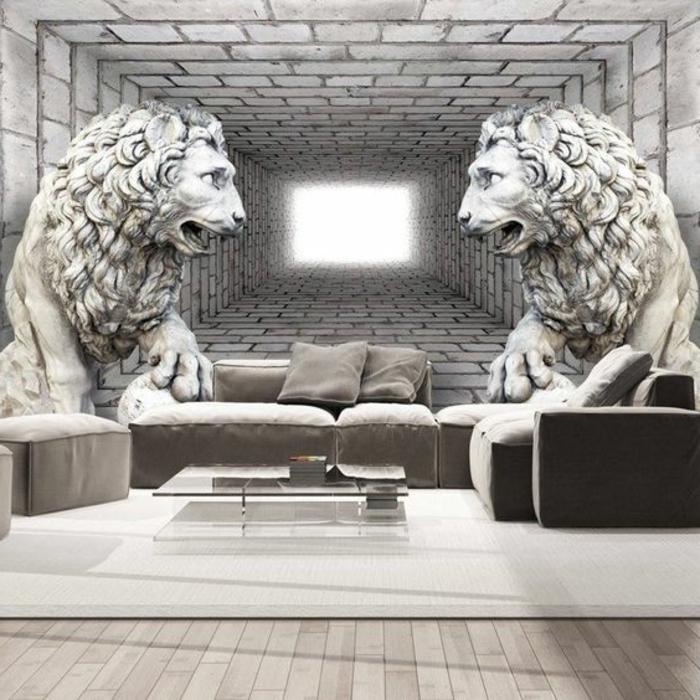 papier peint imitation pierre en noir et blanc avec deux grands lions et grand tapis blanc, posé sur parquet en couleur claire, meubles en couleur taupe, petite table basse carrée en verre trempé, avec des pieds bas en métal en couleur argent