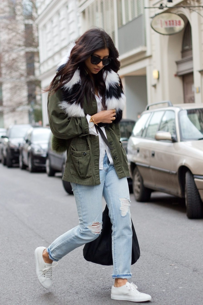 maîtriser le style militaire avec une parka femme fourrure noir et votre modèle de jeans préféré