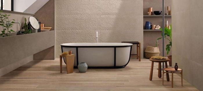 meuble d angle salle de bain, déco piècec sous pente avec peinture murale taupe et plancher en bois clair