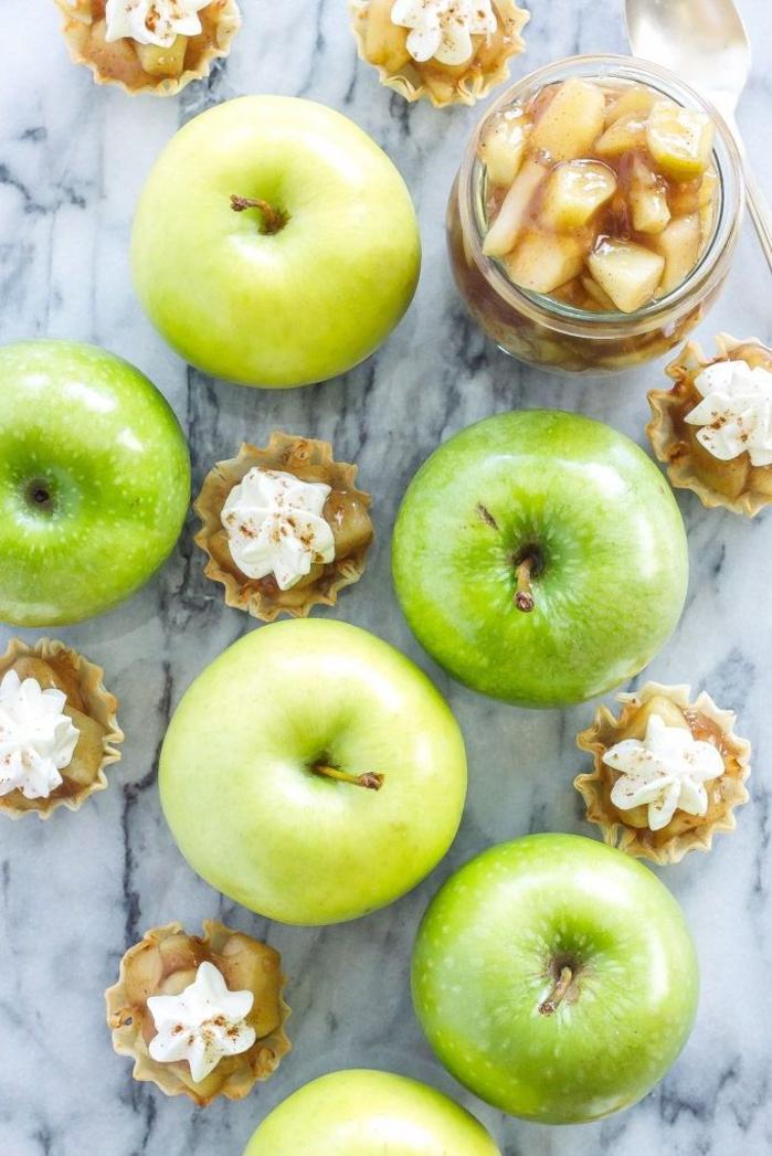 recette apéritif dinatoire sucré sans cuisson de tartelettes aux pommes pour un délicieux apéro d'automne