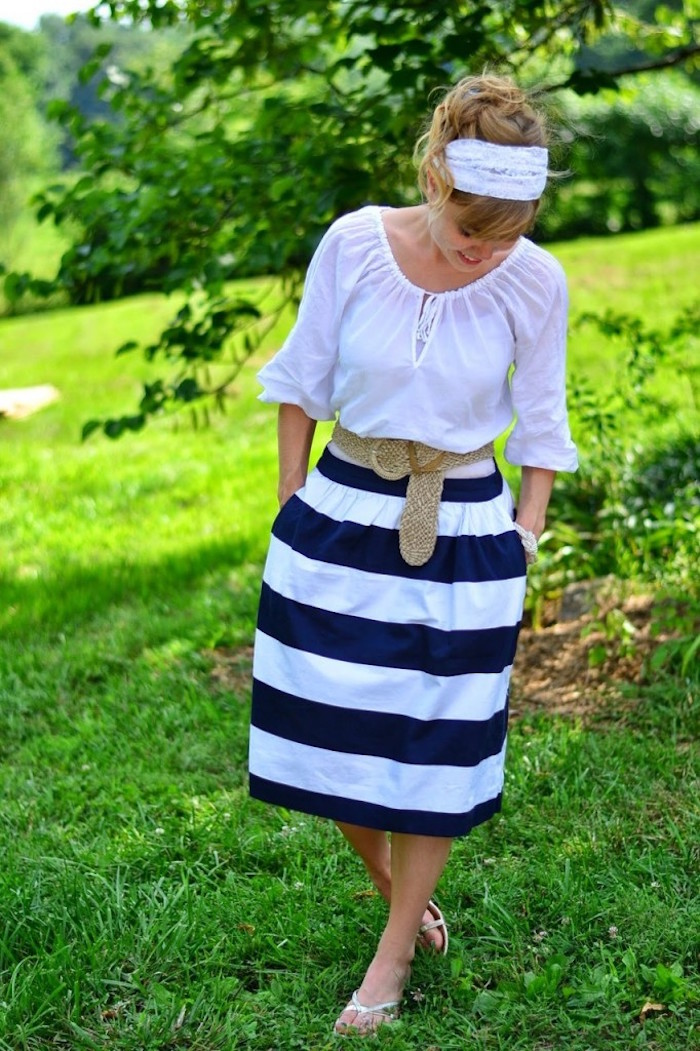 tenue boheme chic pour femme champetre robe blanc bleu