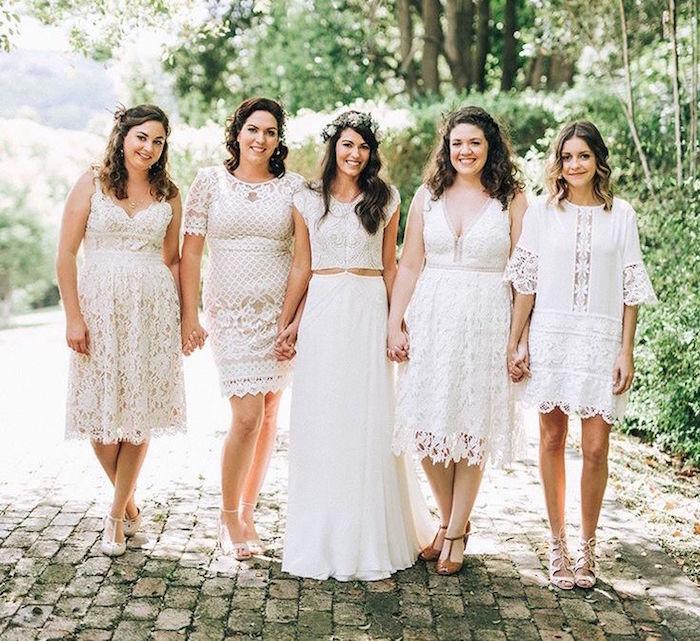 modele robe courte en dentelle blanche pour mariage