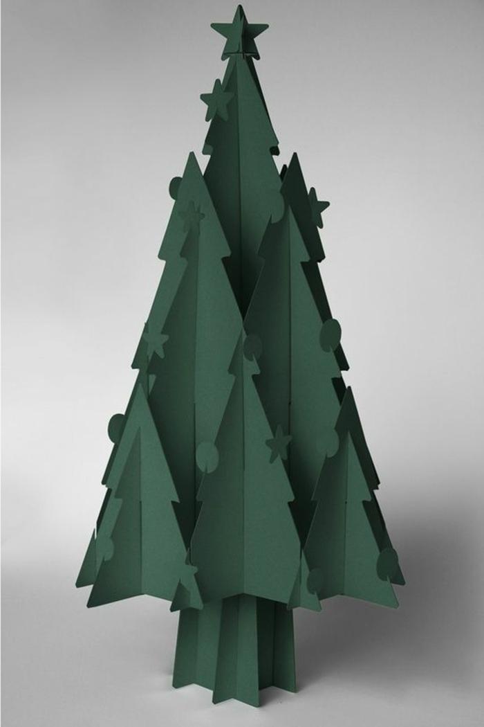 sapin de noel en carton grande taille, couleur verte, déco de noel originale