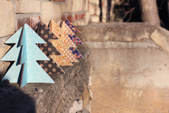 sapin de noel original, déco de noel sapins en carton 3D, idées déco de fêtes handcraft