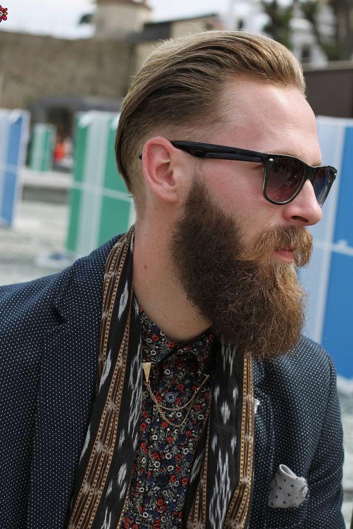 combien de temps pour avoir une belle barbe longue et coupe cheveux arriere homme