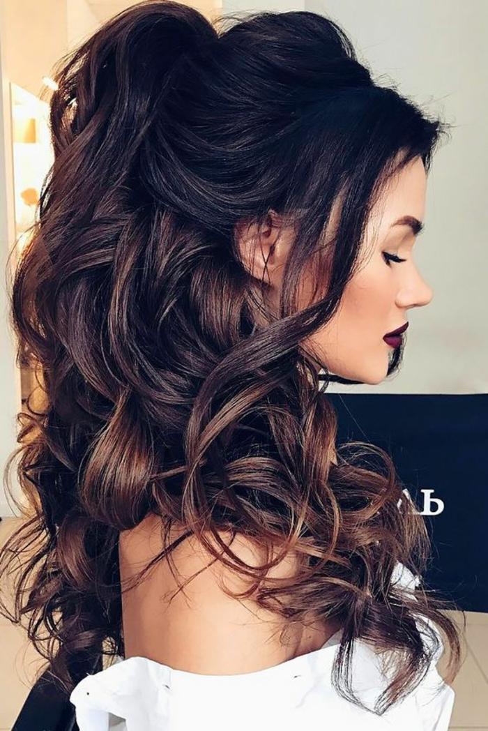 Idée coiffure mariage bouclé mi long coiffure mariage cheveux boucles long cheveux belle coiffure