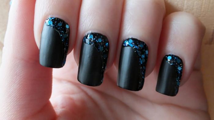 Ongles mat nail art beau dessin sur ongles matte idée art sur noir matte vernis