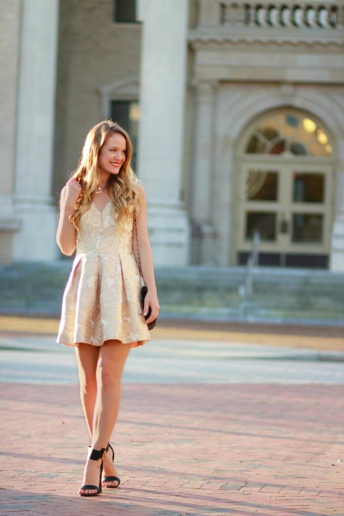 La robe dorée robe de mariée dorée mariage invitée idée tenue robe courte