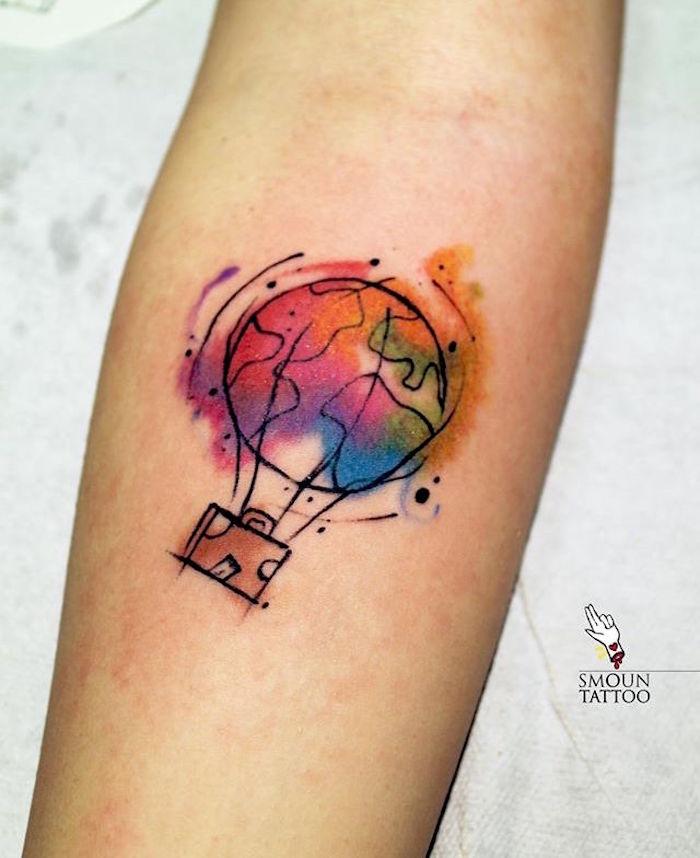 tattoo montgolfière couleurs aquarelle tatouage liberté