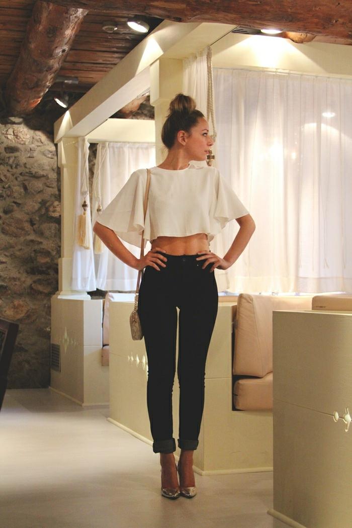 Tenues chic femme tenue chic et classe femme beauté et mode féminine top papillon