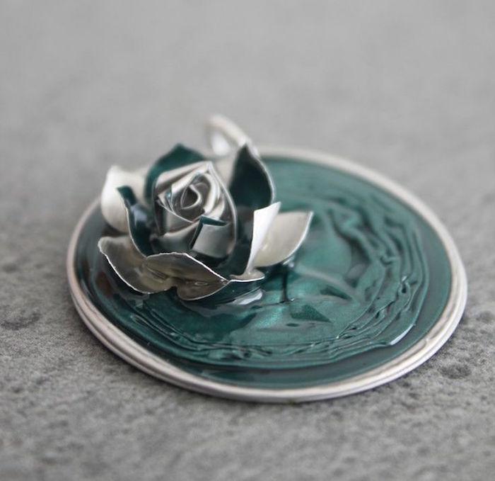 bricolage avec capsules nespresso tuto bijoux fabriquer pins main diy