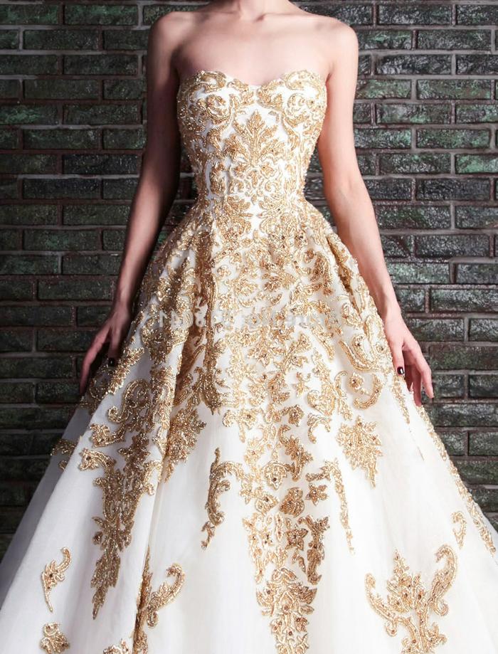 Élégante robe longue dorée robe noir et doré quelles chaussures robe de mariée blanche et dorée