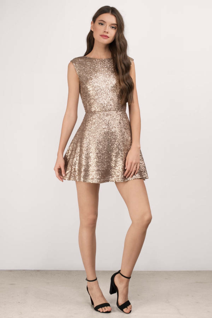 Belle robe manche longue robe nouvel an femme bien habillée robe courte sequine