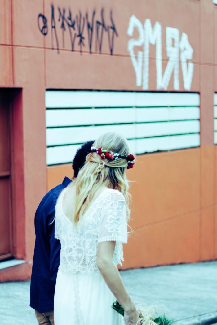 Amour et mariage détails quelle coiffure pour mariage idée couple mariée