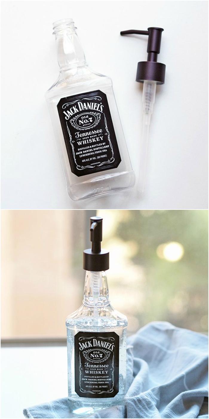 cadeau original et créatif réalisé avec une bouteille recyclée, distributeur de savon original en bouteille jack daniels recylcée