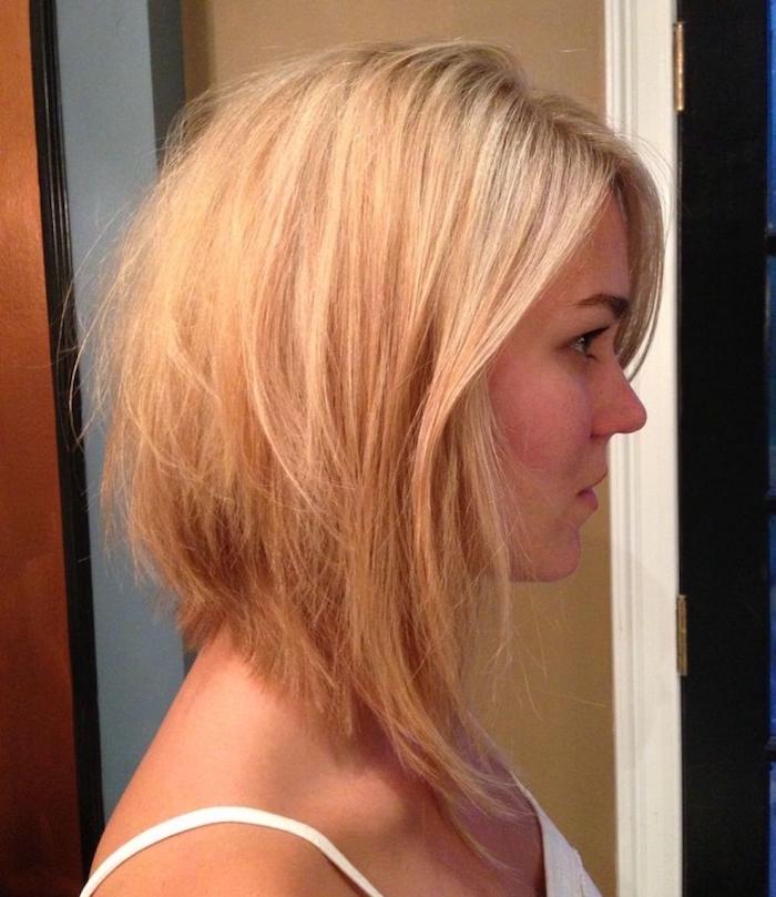 carre plongeant blond dégradé avec volume