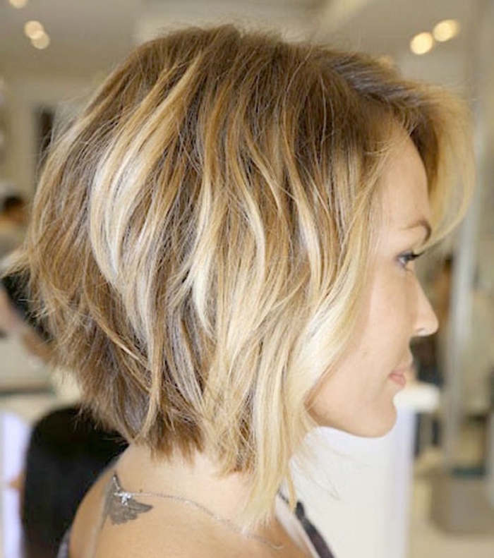 coiffure femme carré plongeant