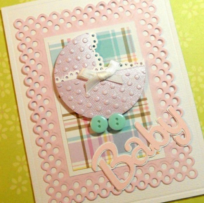 cartes de naissance, landeau facile à créer, boutons bleus, caractères roses