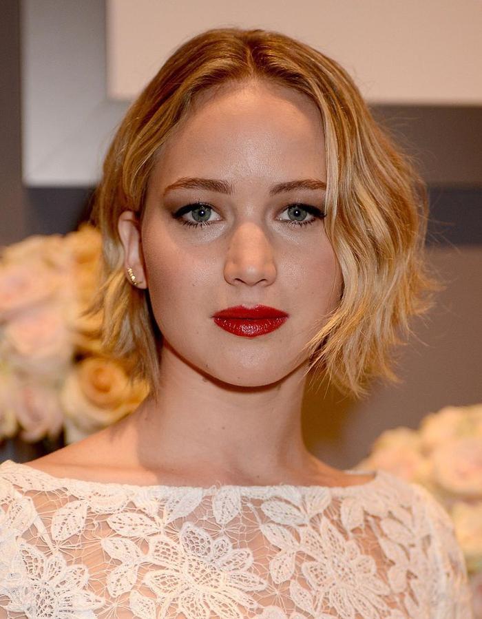 Coupe de cheveux pour visage rond - les astuces capillaires pour mettre en valeur le visage rond ...