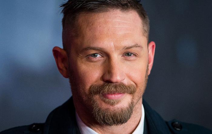 tom hardy avec bouc et moustache acteur barbu