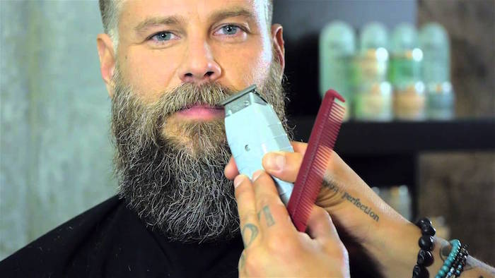 comment tailler sa moustache barbe hipster taillée