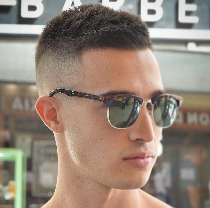 dégradé homme coiffure cheveux court tendance garcon