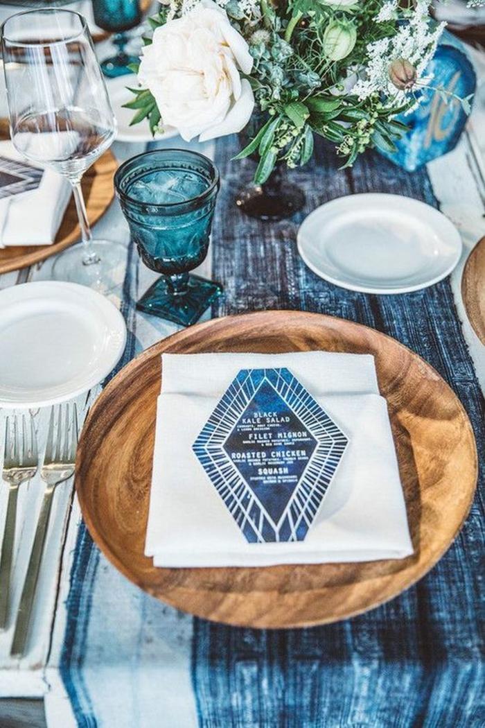 Art de table marque place noel a fabriquer soi meme faire déco noel table bleu