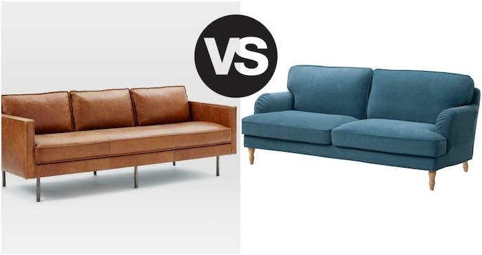 exemple de canape design, canapé en cuir versus un canapé en tissu bleu, idée comment aménager son salon