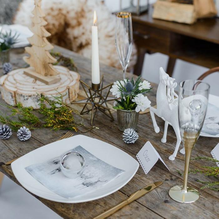 Superbe marque place noel à imprimer gratuit noel décoration vase avec fleurs