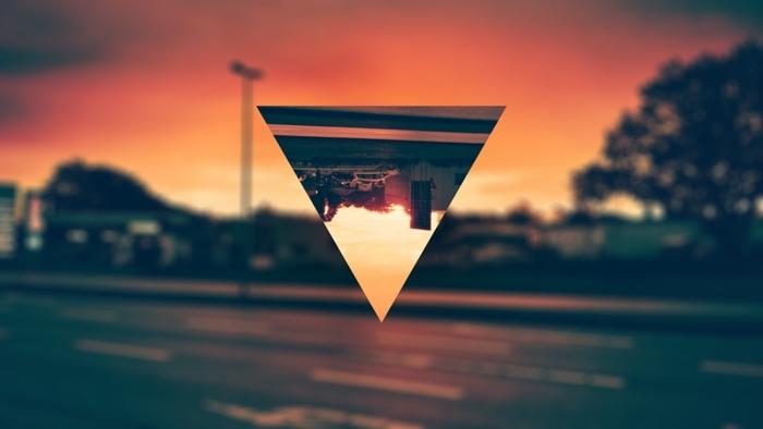 fond d'écran stylé swag, photo paysage coucher de soleil et rouge en couleurs chaudes avec triangle miroir