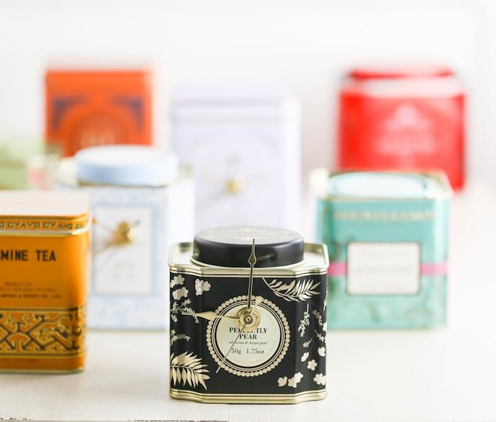 petit horloge en boîte à thé recyclé avec mécanisme intégré, cadeau fête des pères à fabriquer facilement