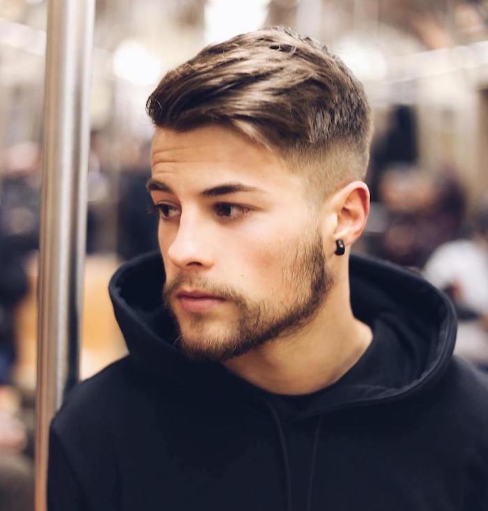 coupe de cheveux homme coiffure courte dégradé tendance hipster