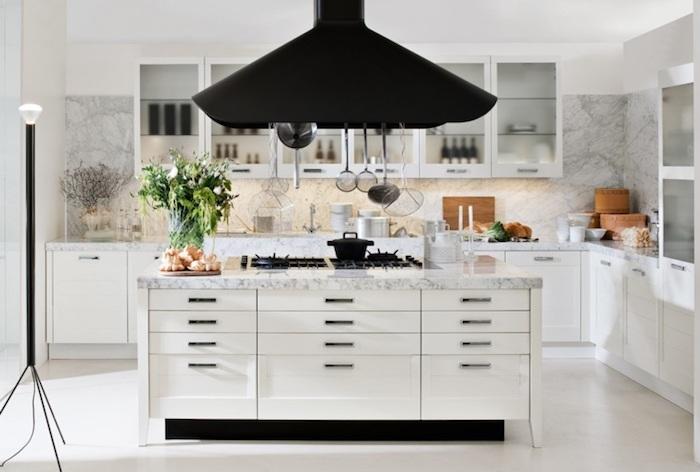 1001 astuces et id es pour am nager une cuisine en l. Black Bedroom Furniture Sets. Home Design Ideas