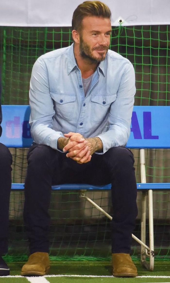david beckham look chemise en jean claire pantalon bleu marine