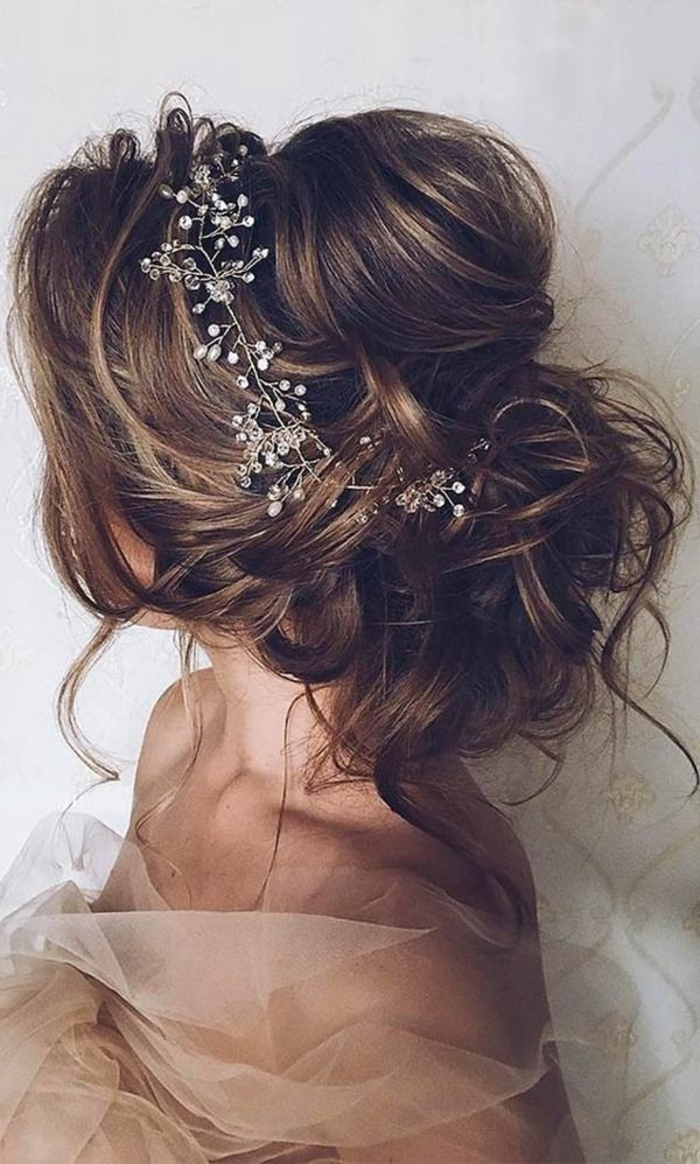 Coiffure Mariage Champetre Cheveux Mi Longs