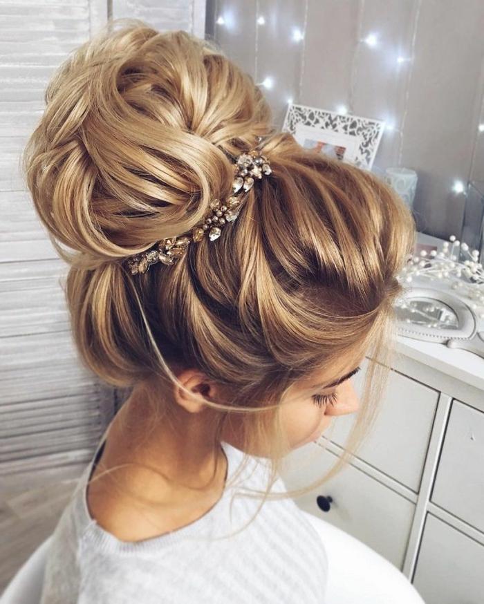 Une coiffure mariée simple coiffure mariée originale idée coiffure