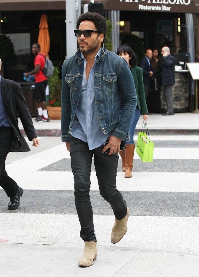 lenny kravitz avec chemise en jean homme et veste en jean levis et pantalon slim chelsea