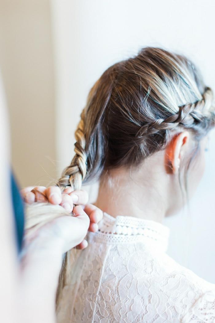 Noce coiffure mariée cheveux détachés coiffure mariée champetre tresse couronne