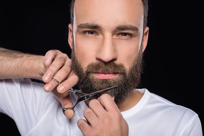entretenir une barbe avec des ciseaux tailler longueur barbe