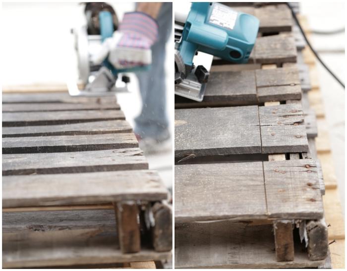 fabriquer tete de lit, étapes à suivre pour démonter les planches de bois de la palette