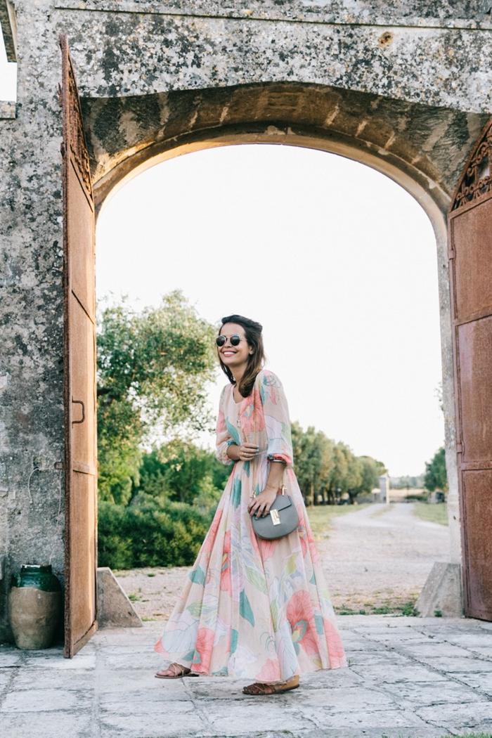 Tenue de vacances robe longue pas cher robe d hiver idée tenue tendance