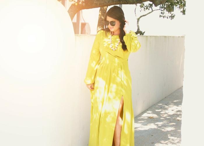Outfit avec robe longue boheme maxi shabiller bien robe jaune longue fendue