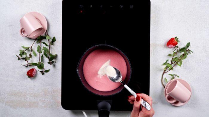 ajouter agar agar à la panna cotta maison pour faire une gelée idée dessert facile et original pour des amoureux