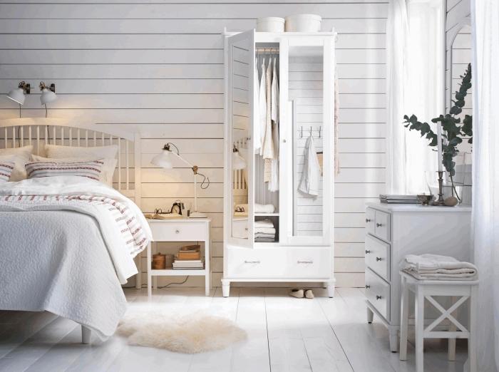 couleur pour chambre blanche avec objets de nuances neutres, modèle de tapis moelleux en beige