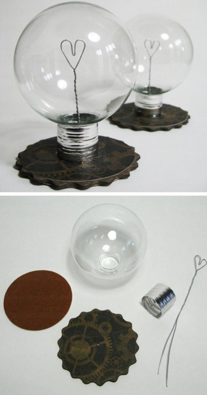 joli objet déco à offrir comme cadeau saint valentin, ampoule recyclée en cadeau avec un fil d'aluminium en forme de cœur